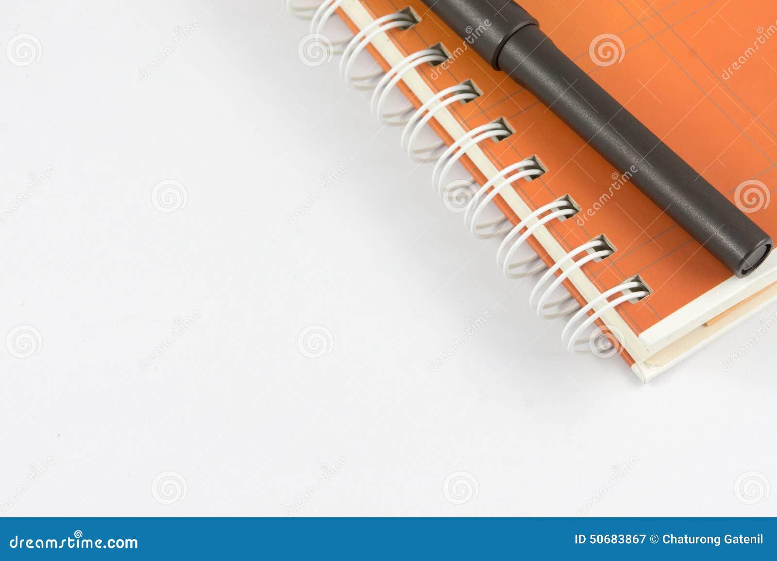 Download 橙色笔记本和黑笔 库存图片. 图片 包括有 背包, 空白, 学院, 商业, 办公室, 橙色, 工具, 通信 - 50683867