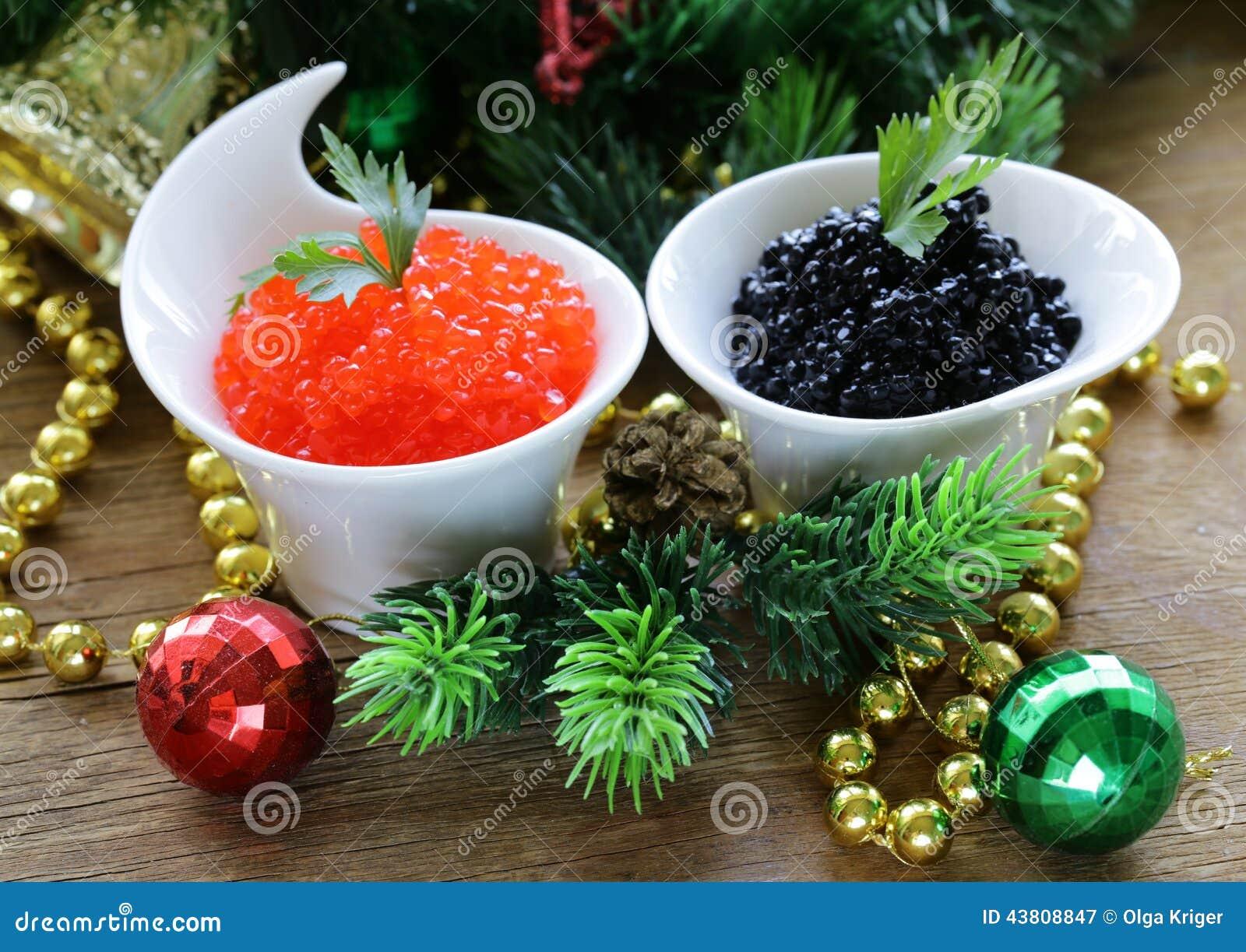 欢乐开胃菜纤巧红色和黑鱼子酱