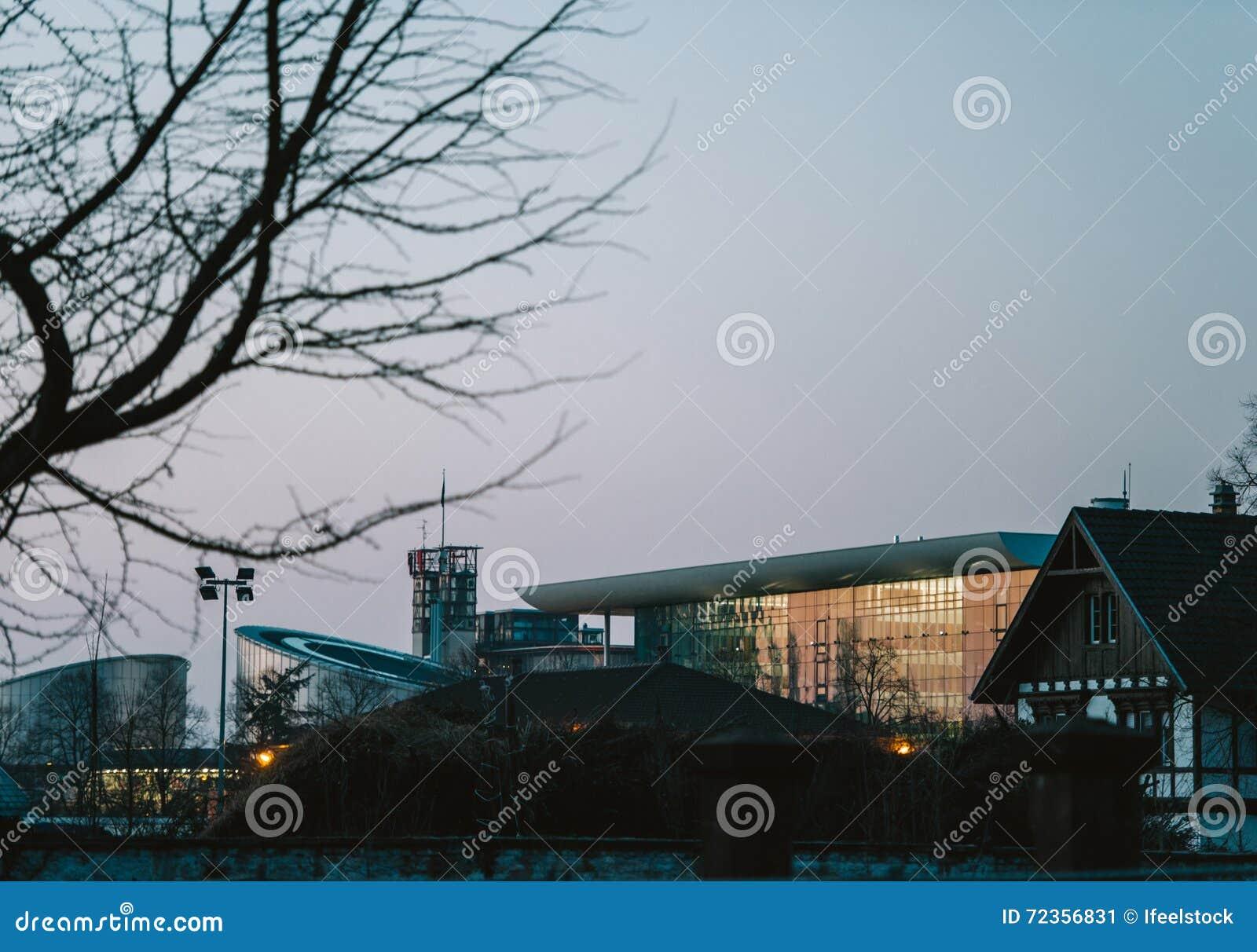 欧洲人权法院和集市大厦