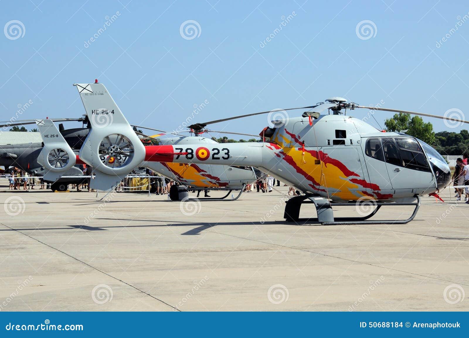 Download 欧洲直升机公司EC120 Colibri 编辑类库存图片. 图片 包括有 直升机, alamos, 西班牙 - 50688184