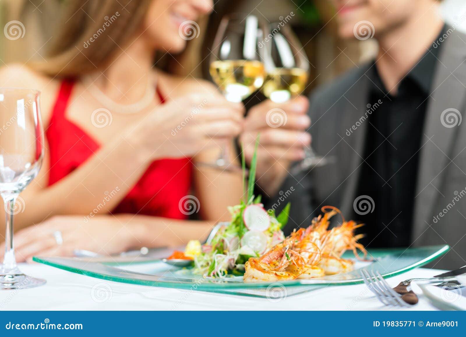 正餐午餐餐馆