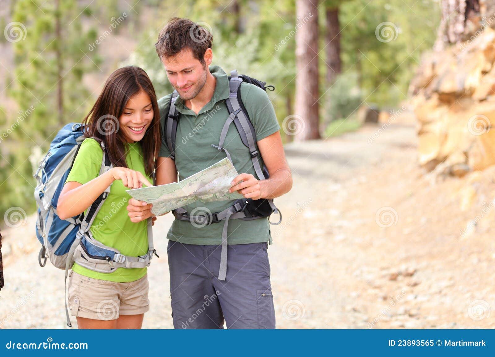 步行的远足者查找映射