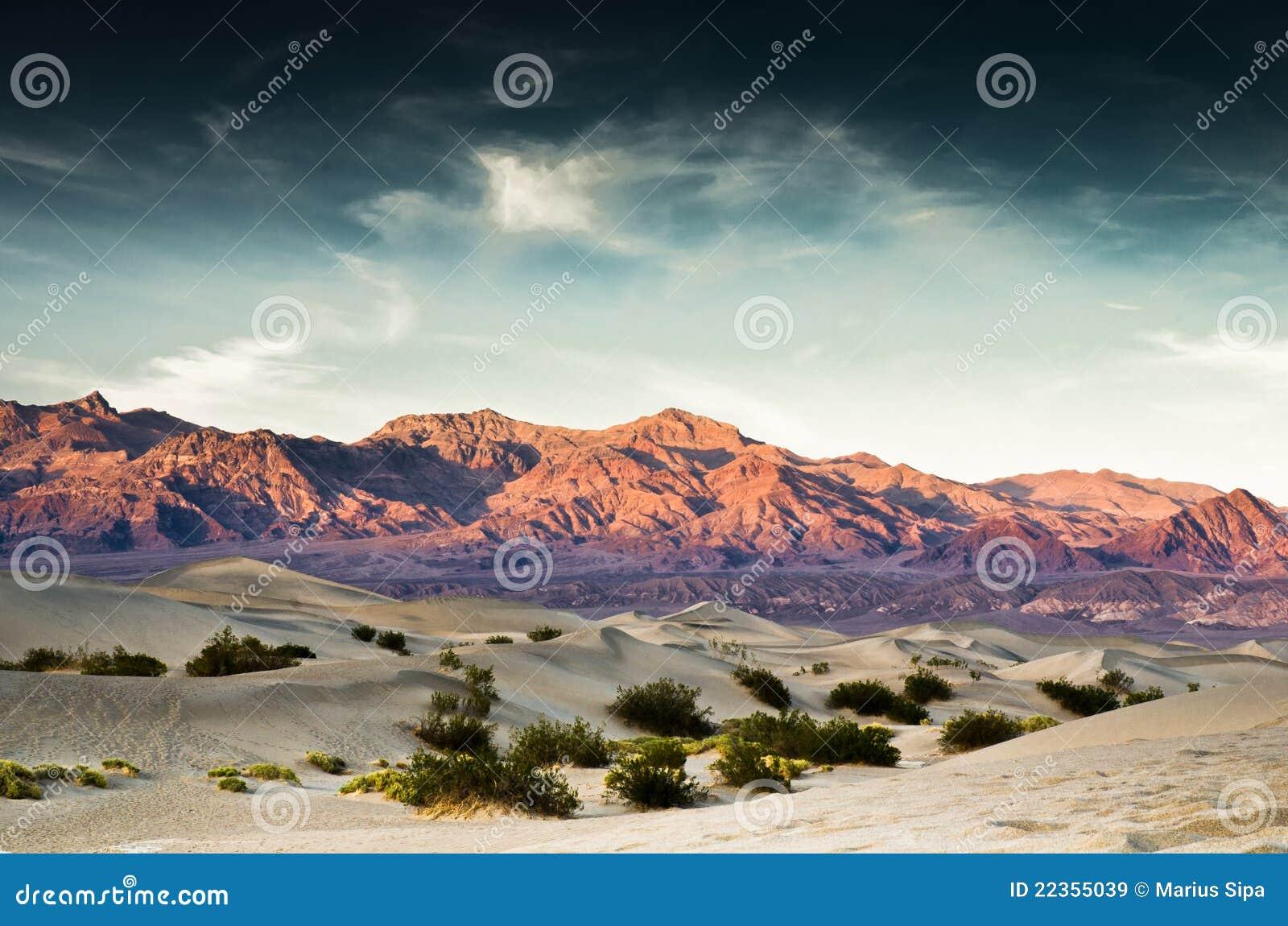 死亡沙丘山铺沙谷