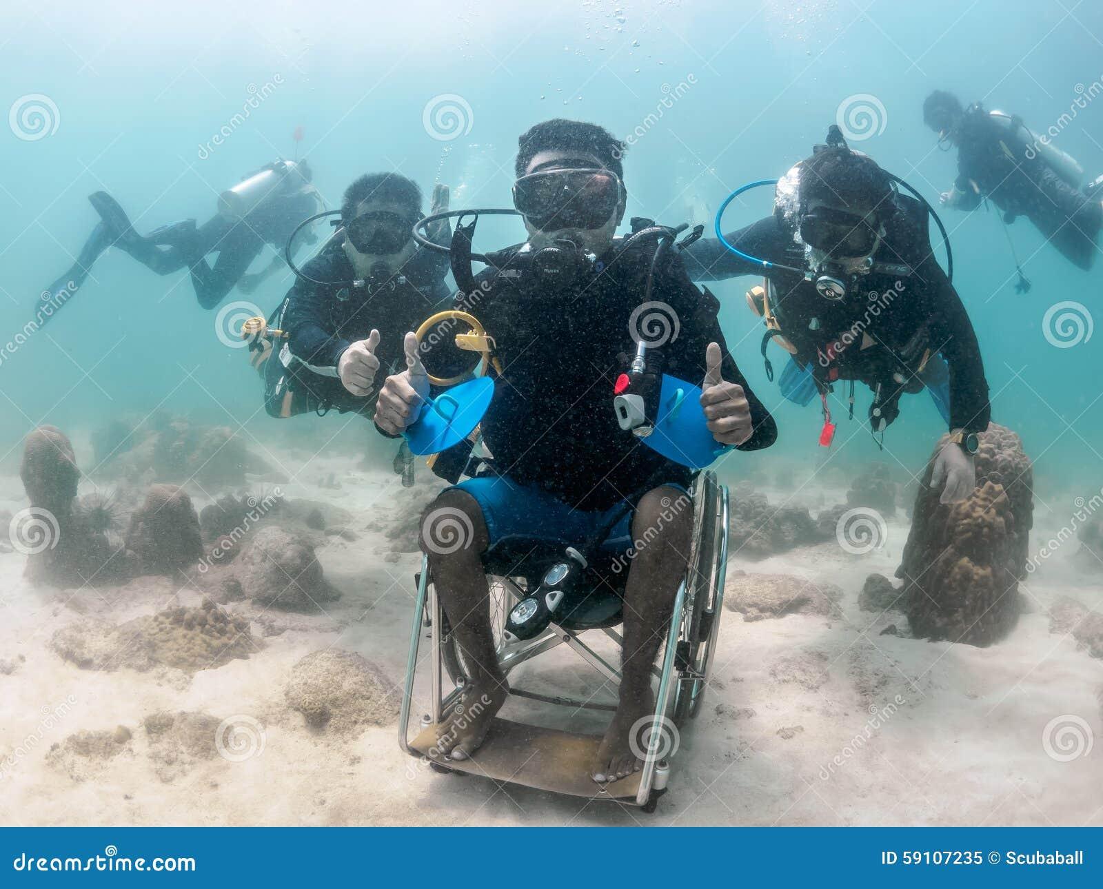 残疾的项目能潜水