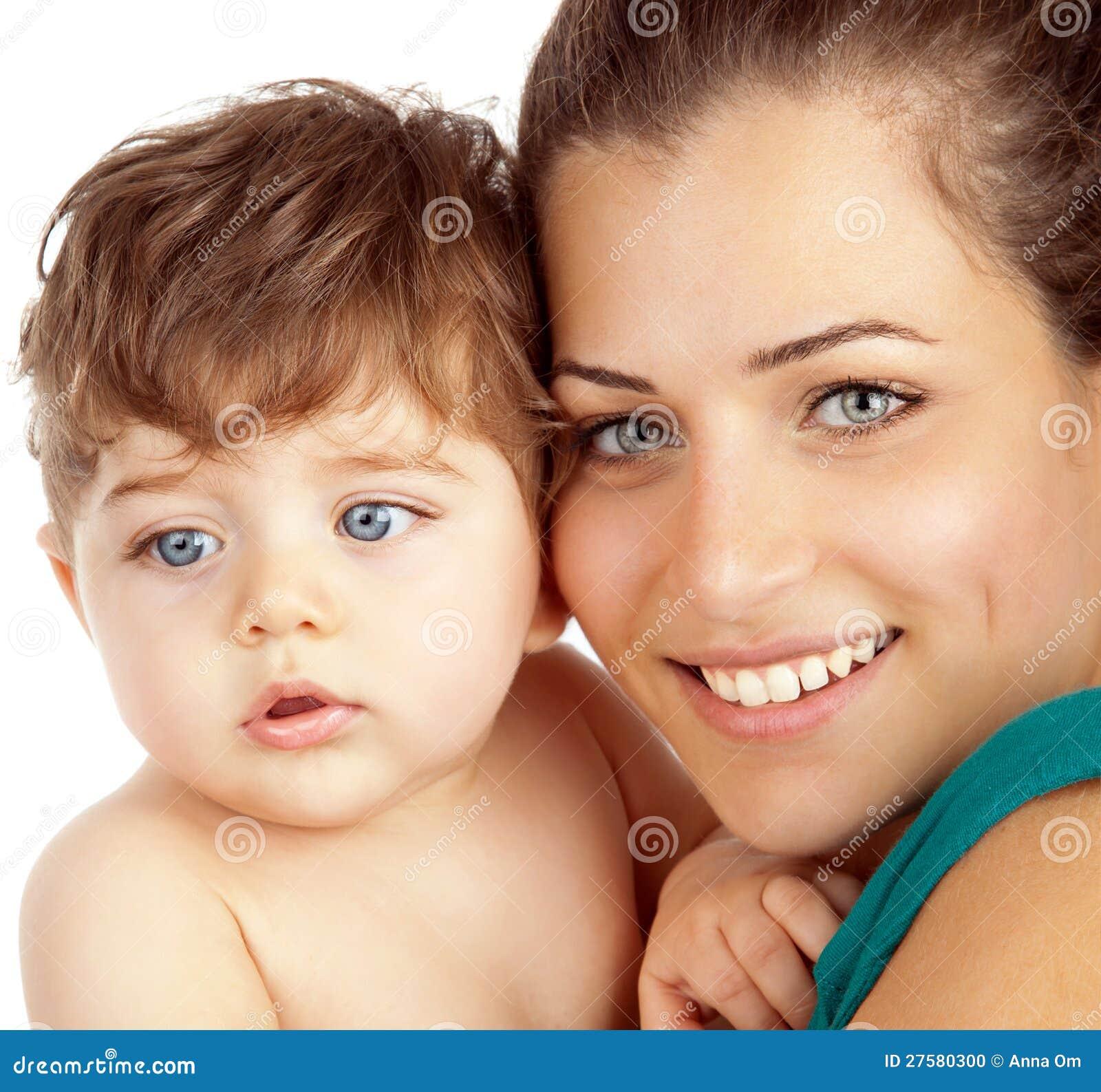 母亲和男婴