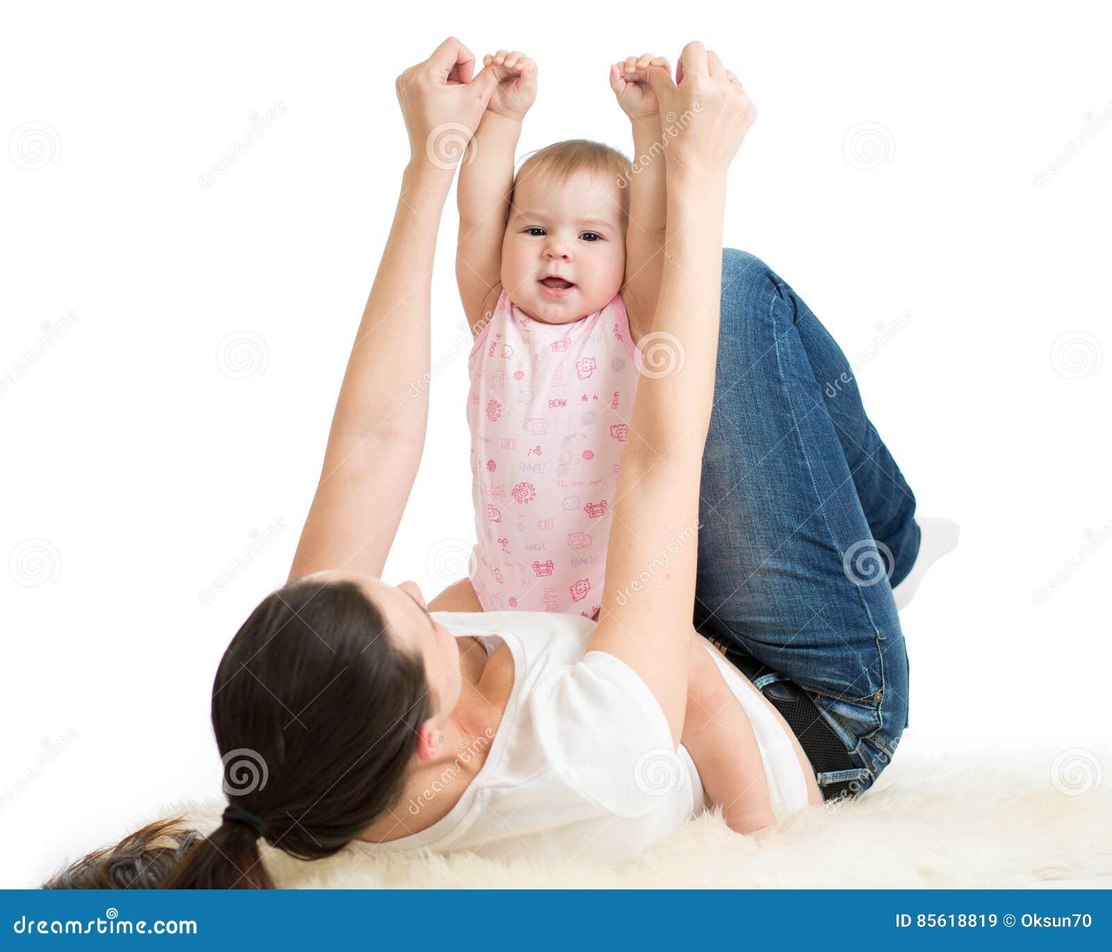 母亲和婴孩体操,瑜伽执行