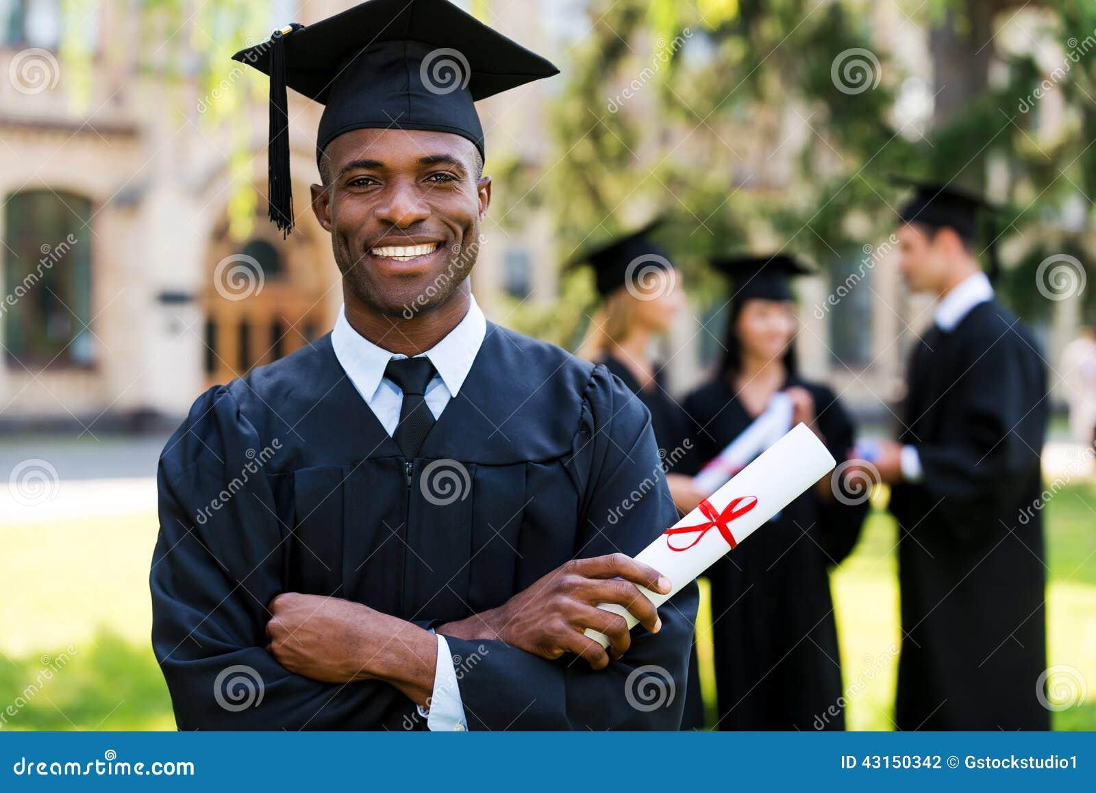 毕业生愉快