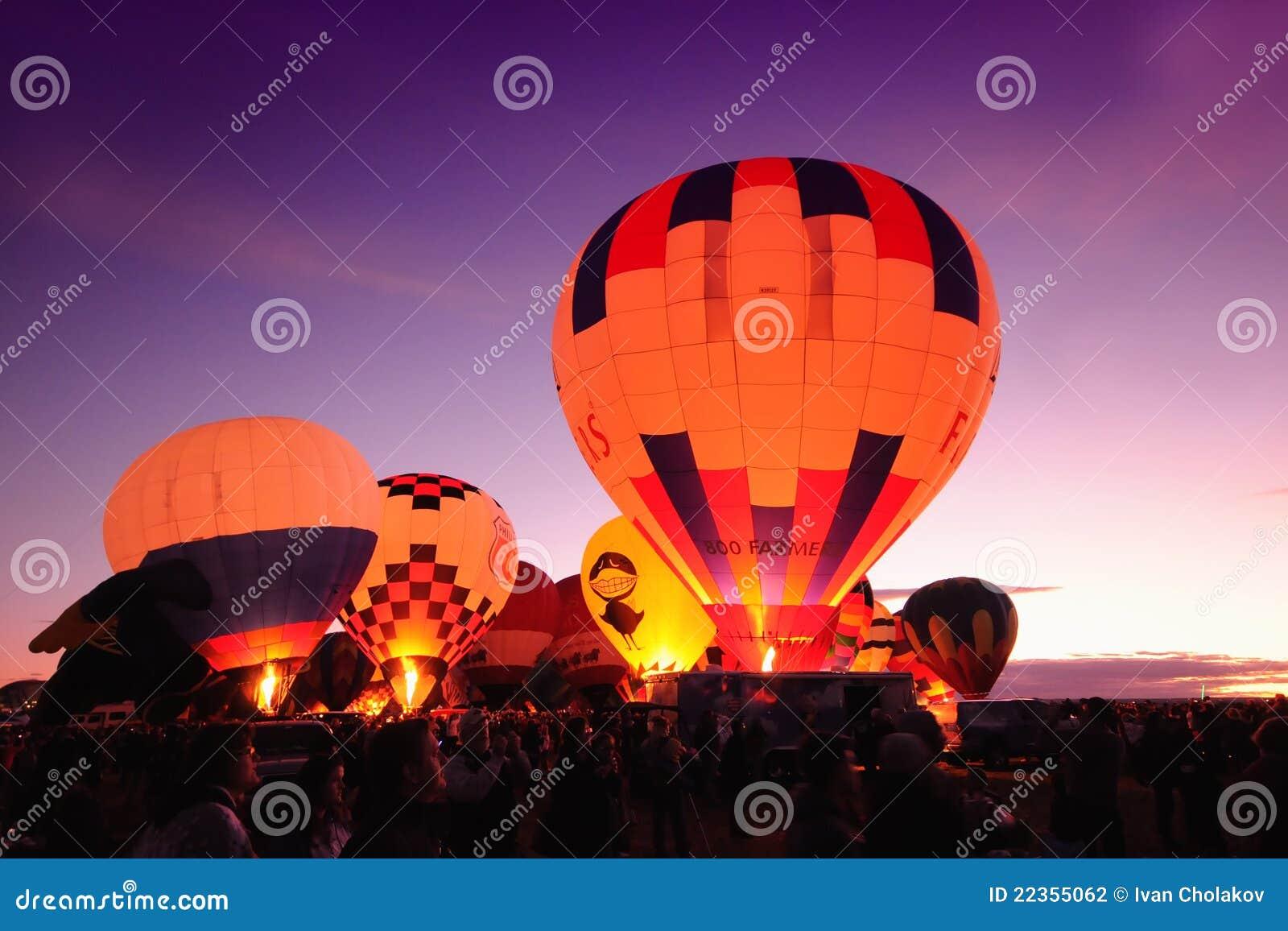 气球热夜间