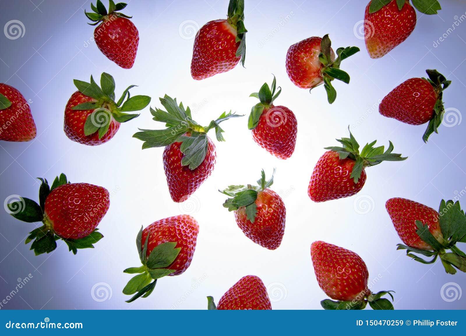 水果的飞行的草莓