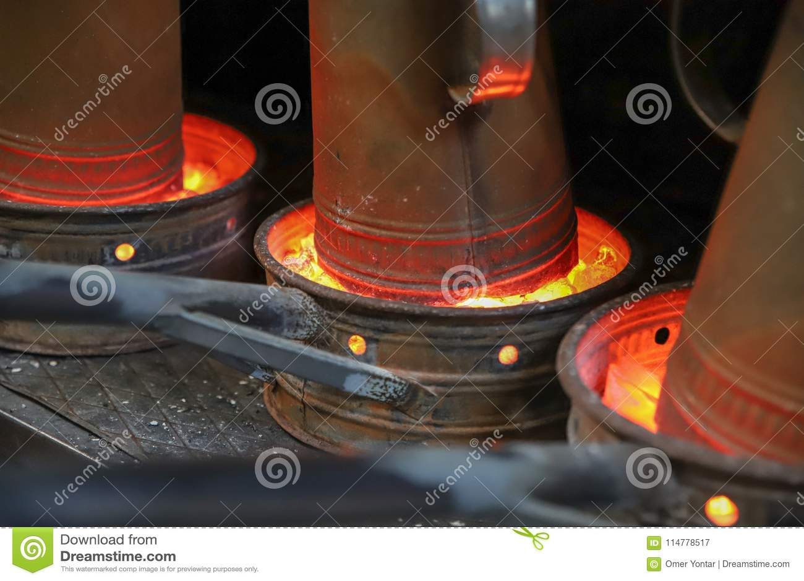 水烟筒和水烟筒火