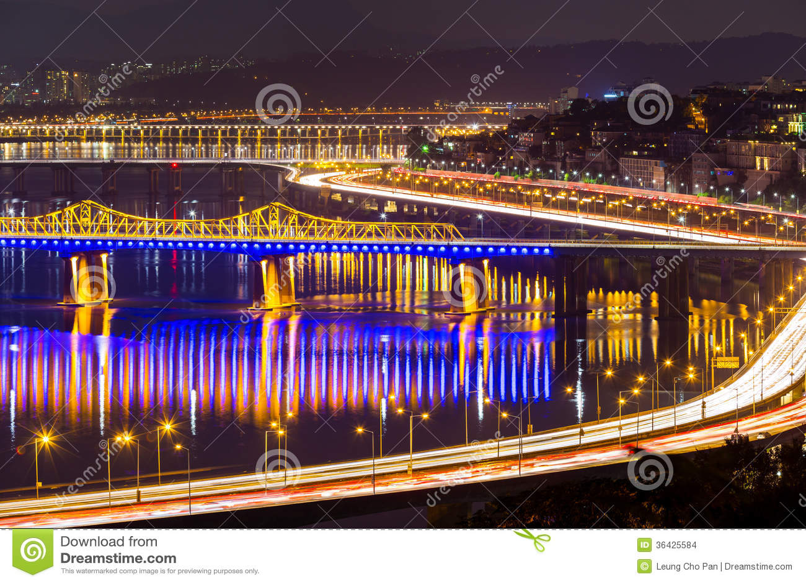 汉城市在晚上