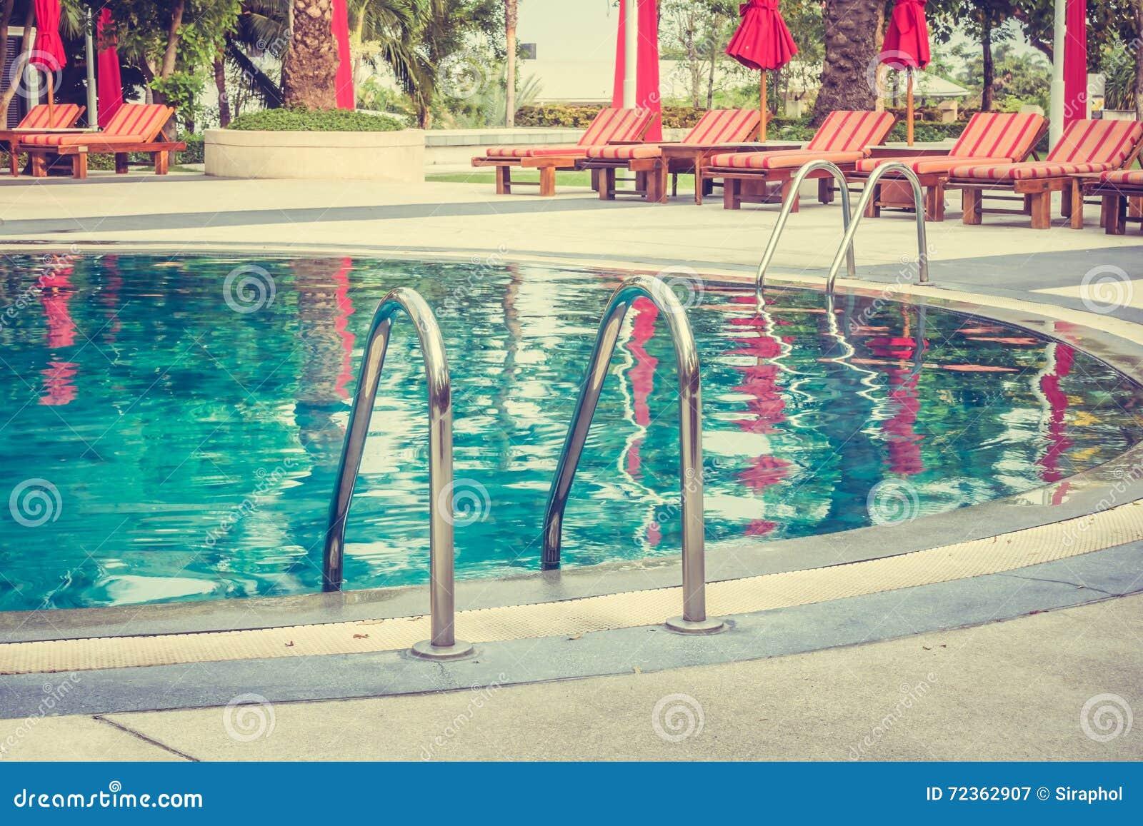 池游泳伞水