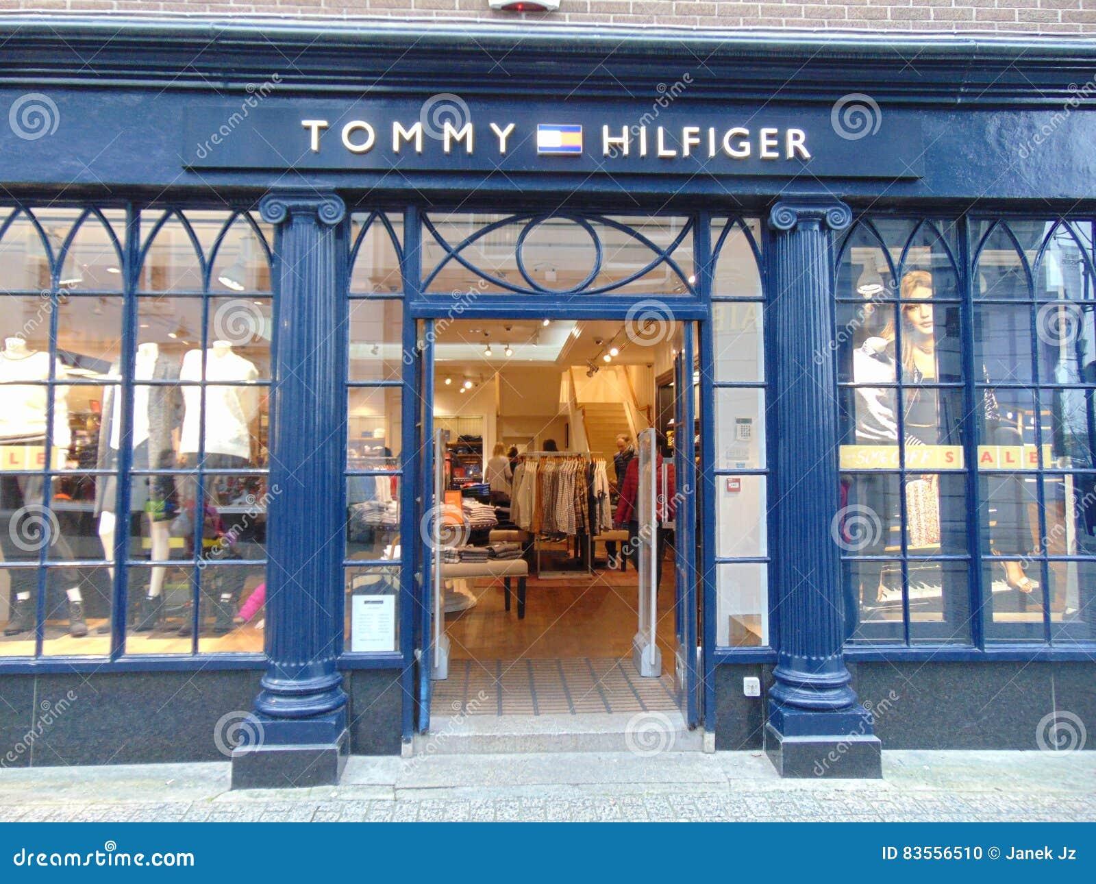 汤米・席尔菲格商店前面在沃特福德