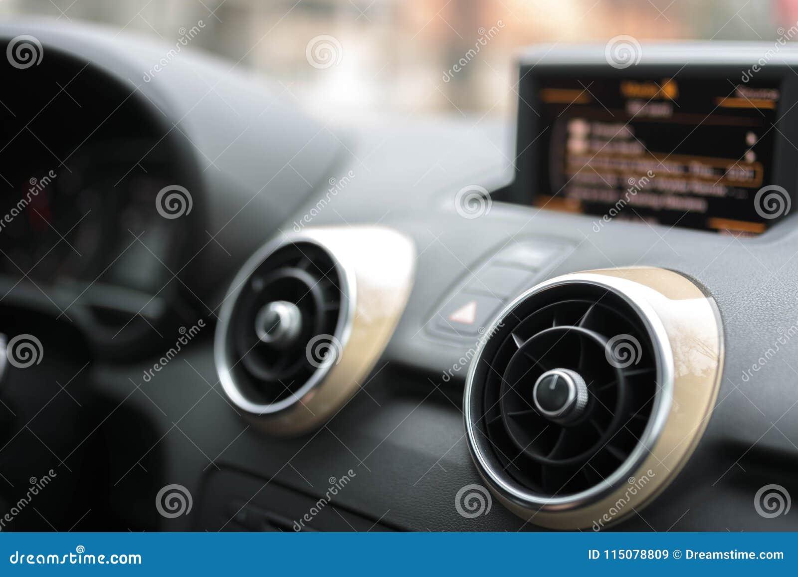 汽车多媒体-报告人