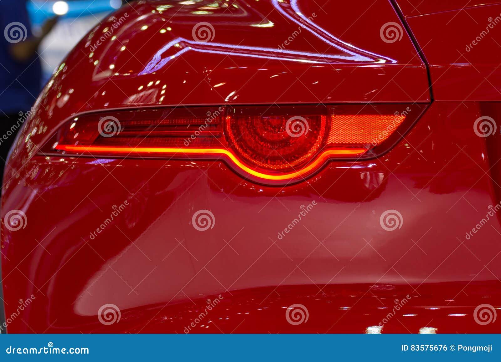 汽车尾灯或尾灯