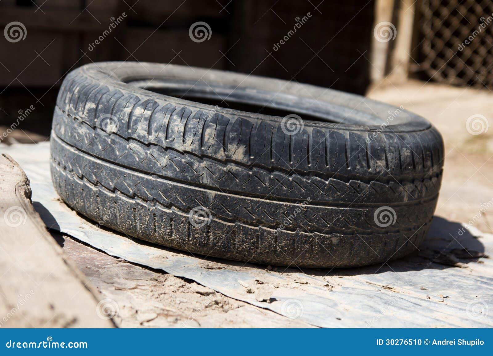 从汽车a的老轮胎