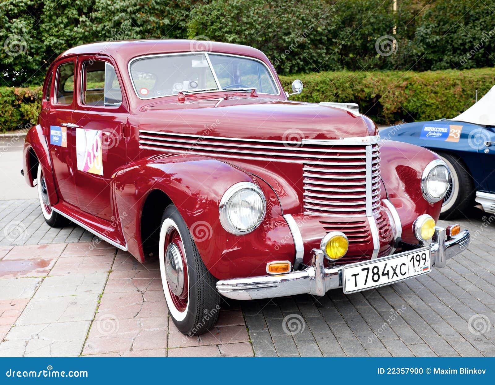 汽车经典老红色