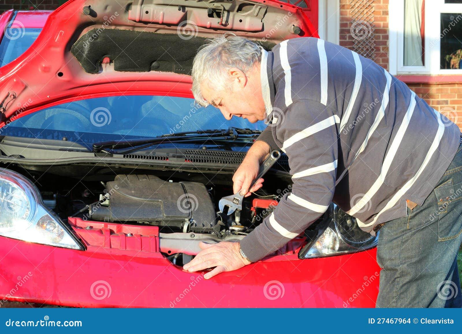 汽车维修服务。
