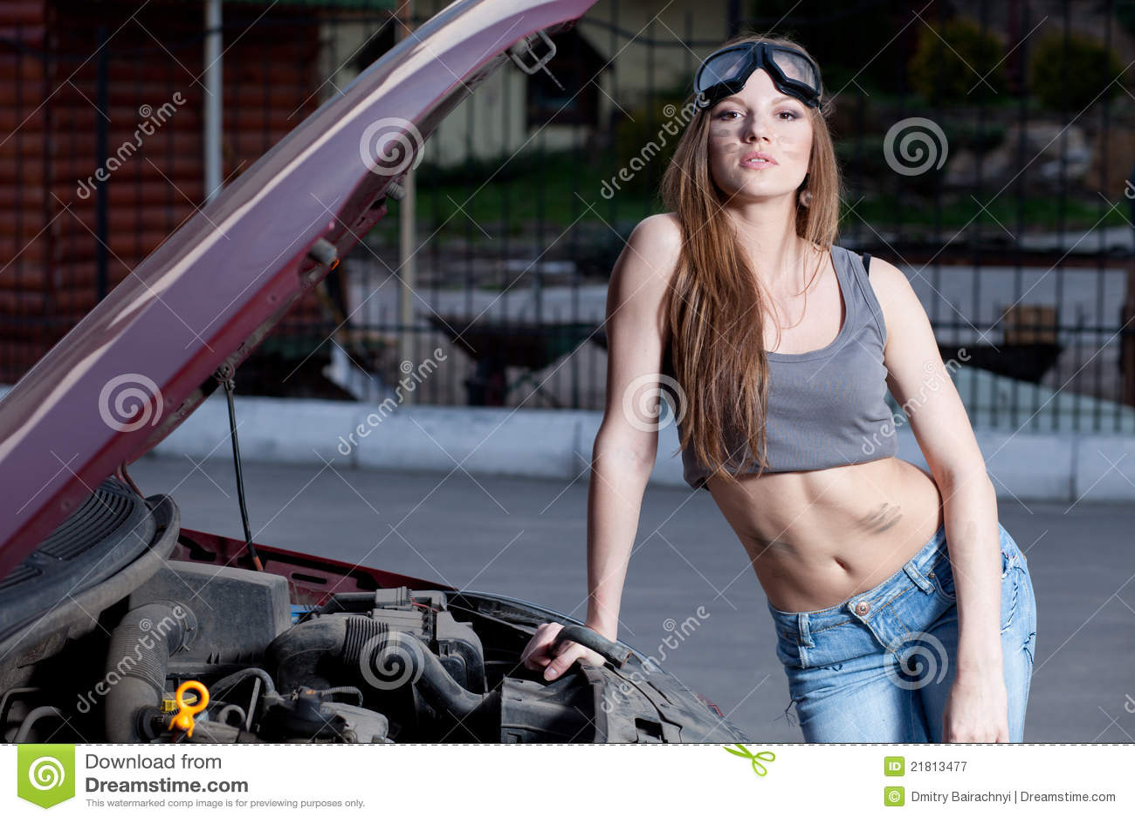 汽车维修服务妇女