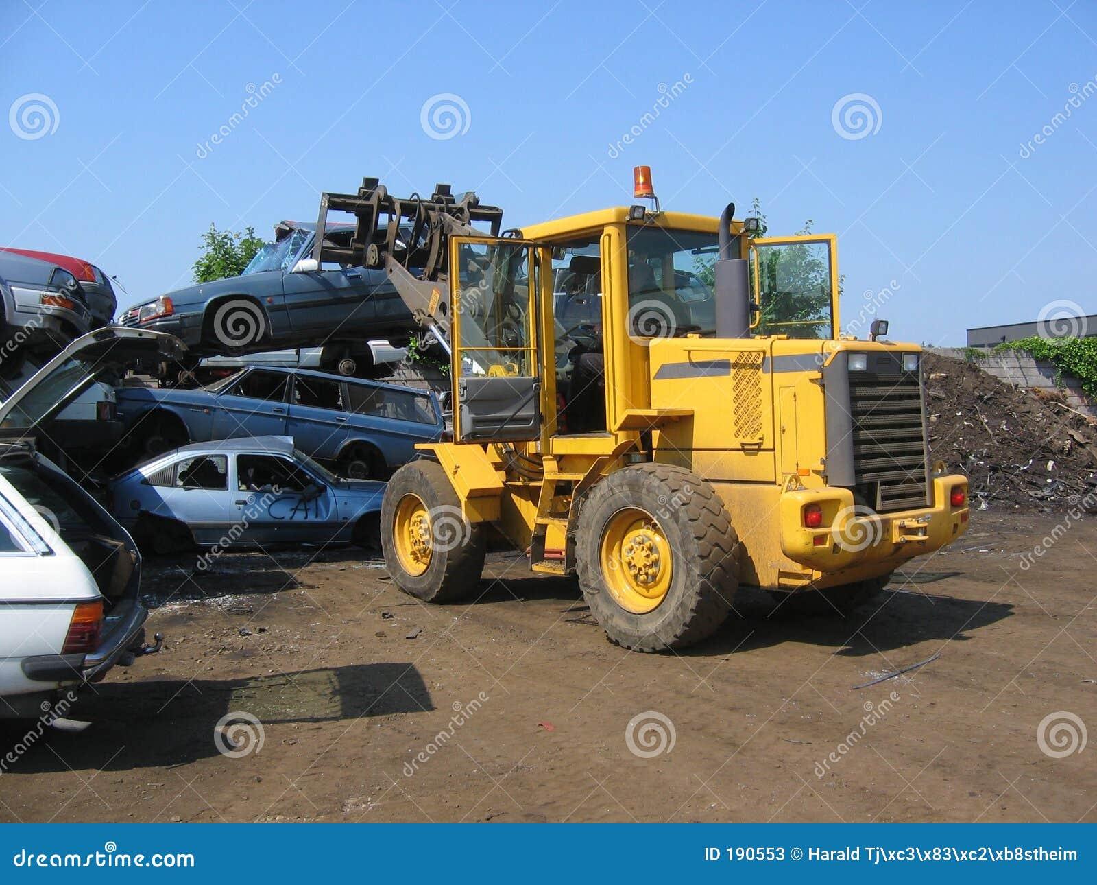 汽车起重机击毁