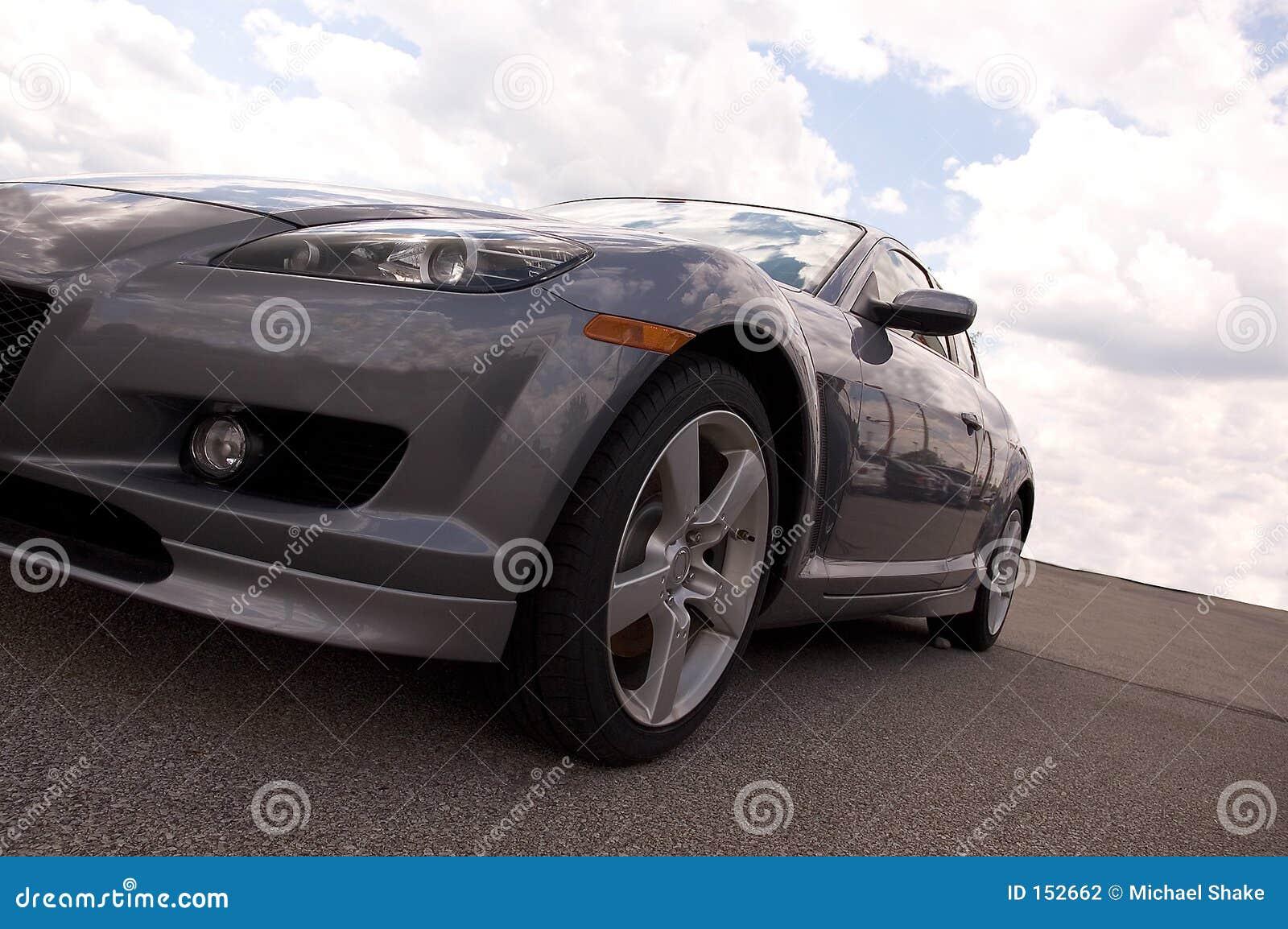 汽车银色体育运动