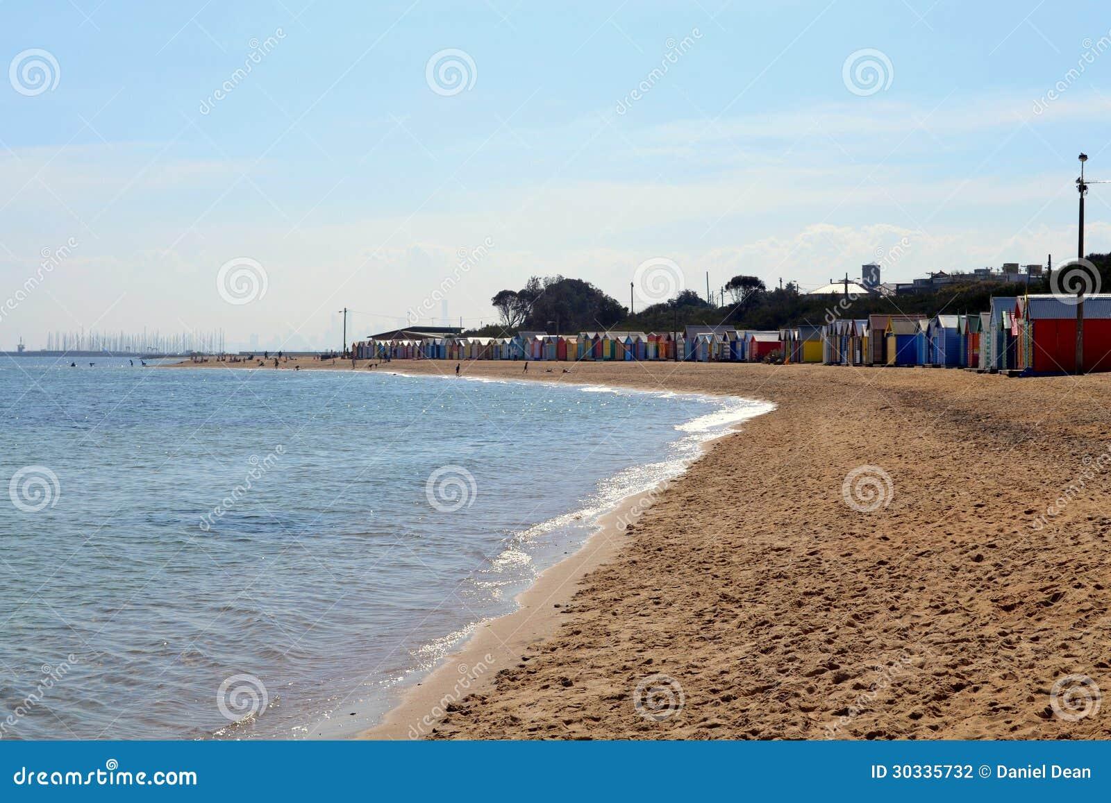 沐浴箱子的布赖顿海滩
