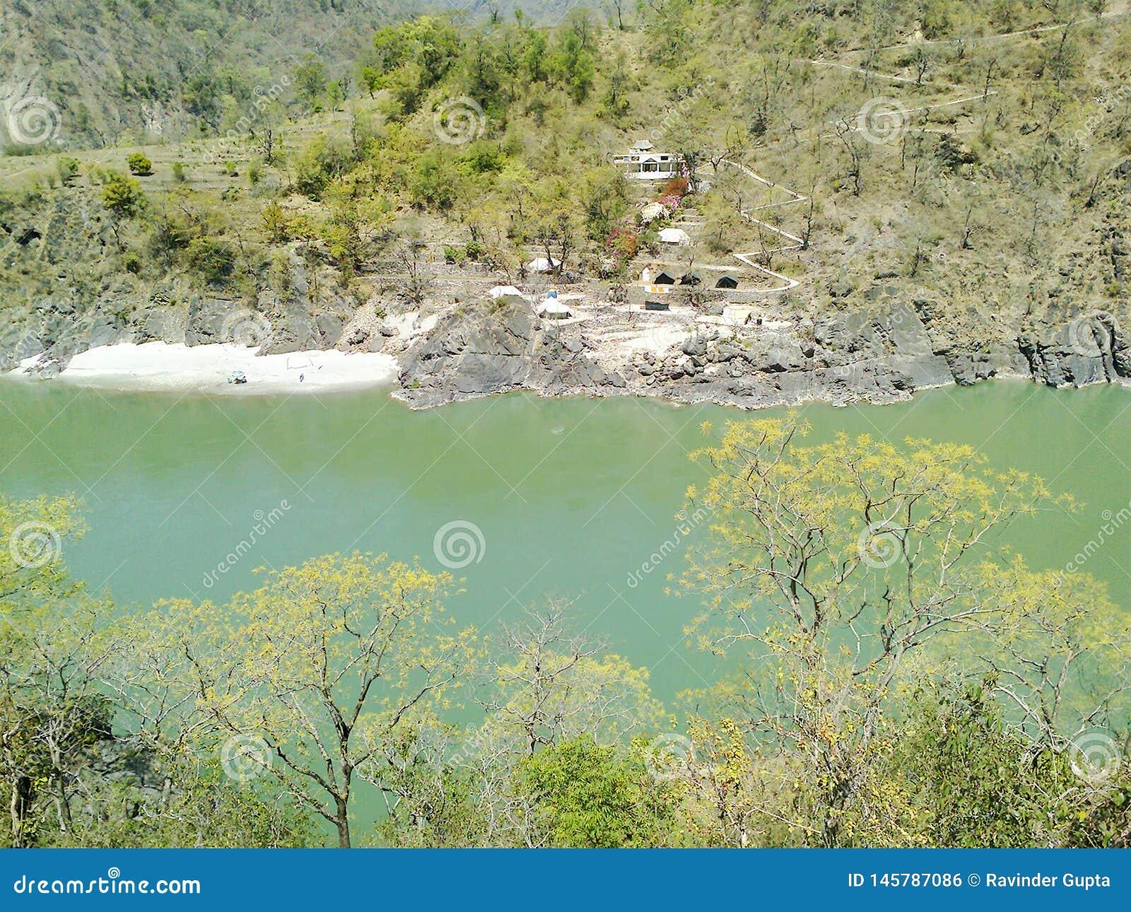 河和山Arial视图