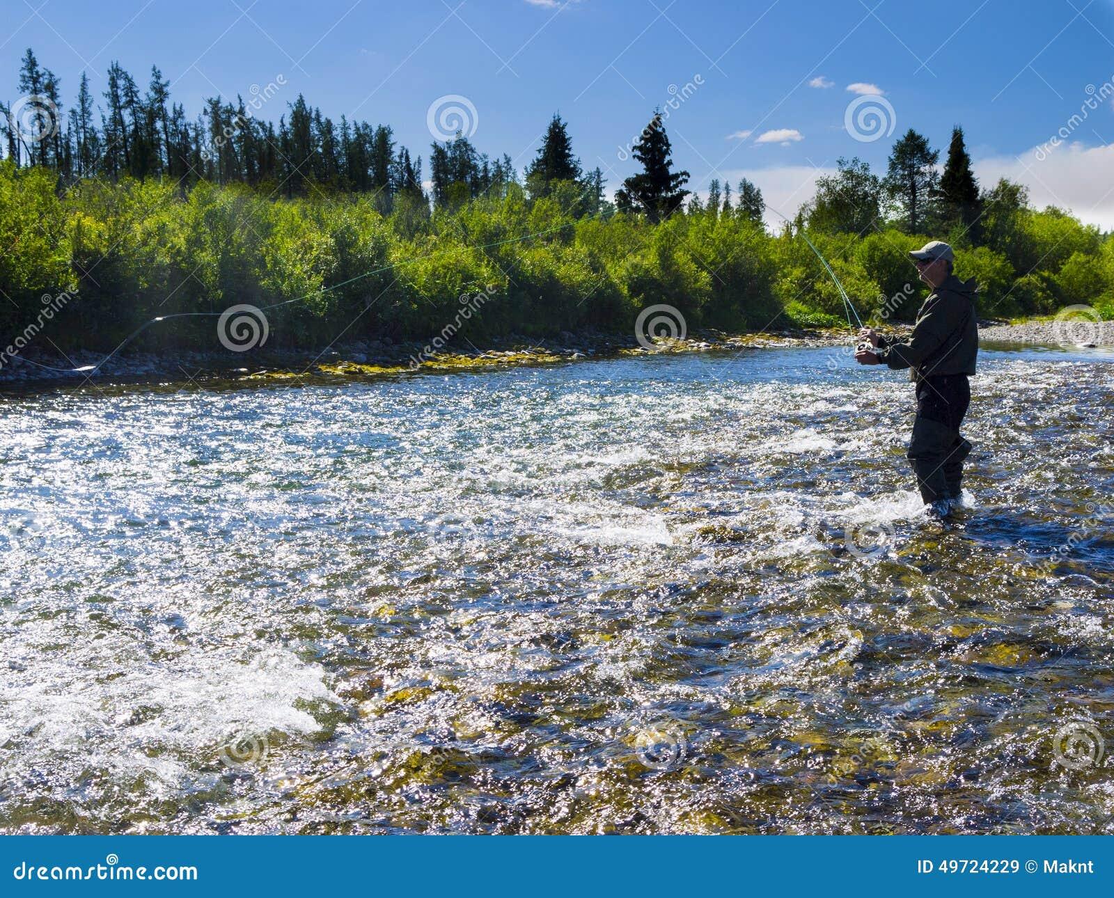 河的一位渔夫