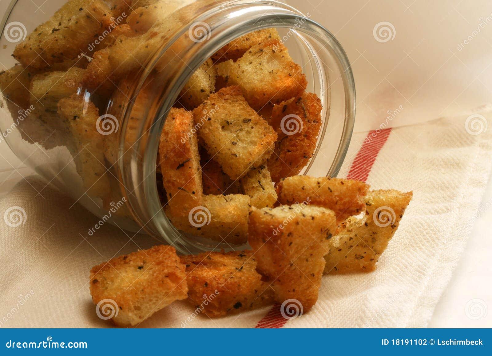 油煎方型小面包片大蒜