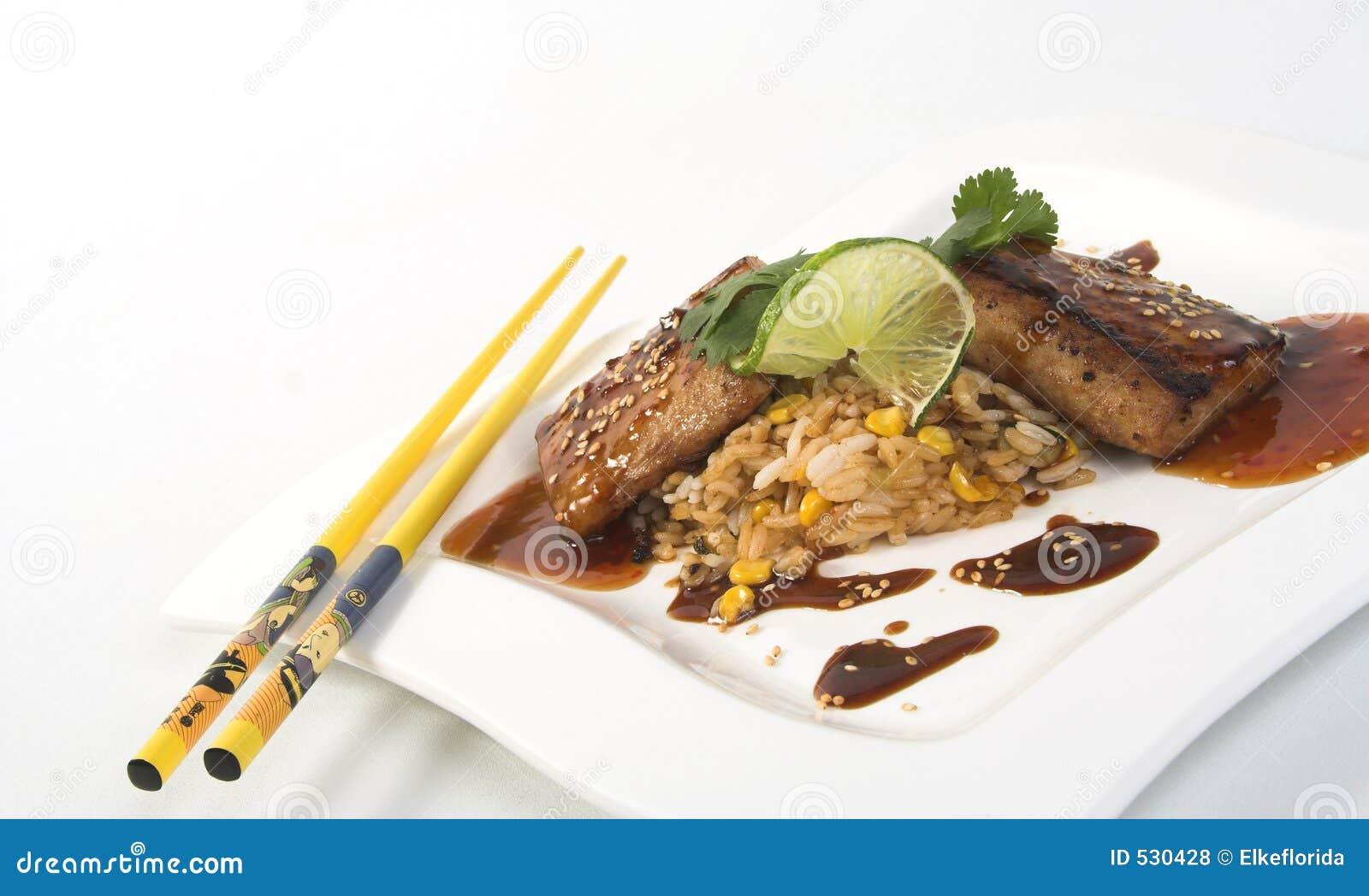 Download 油煎的mahi米 库存照片. 图片 包括有 种子, 用餐, 筷子, 草本, 餐馆, 香菜, 海豚, 石灰, 调味汁 - 530428