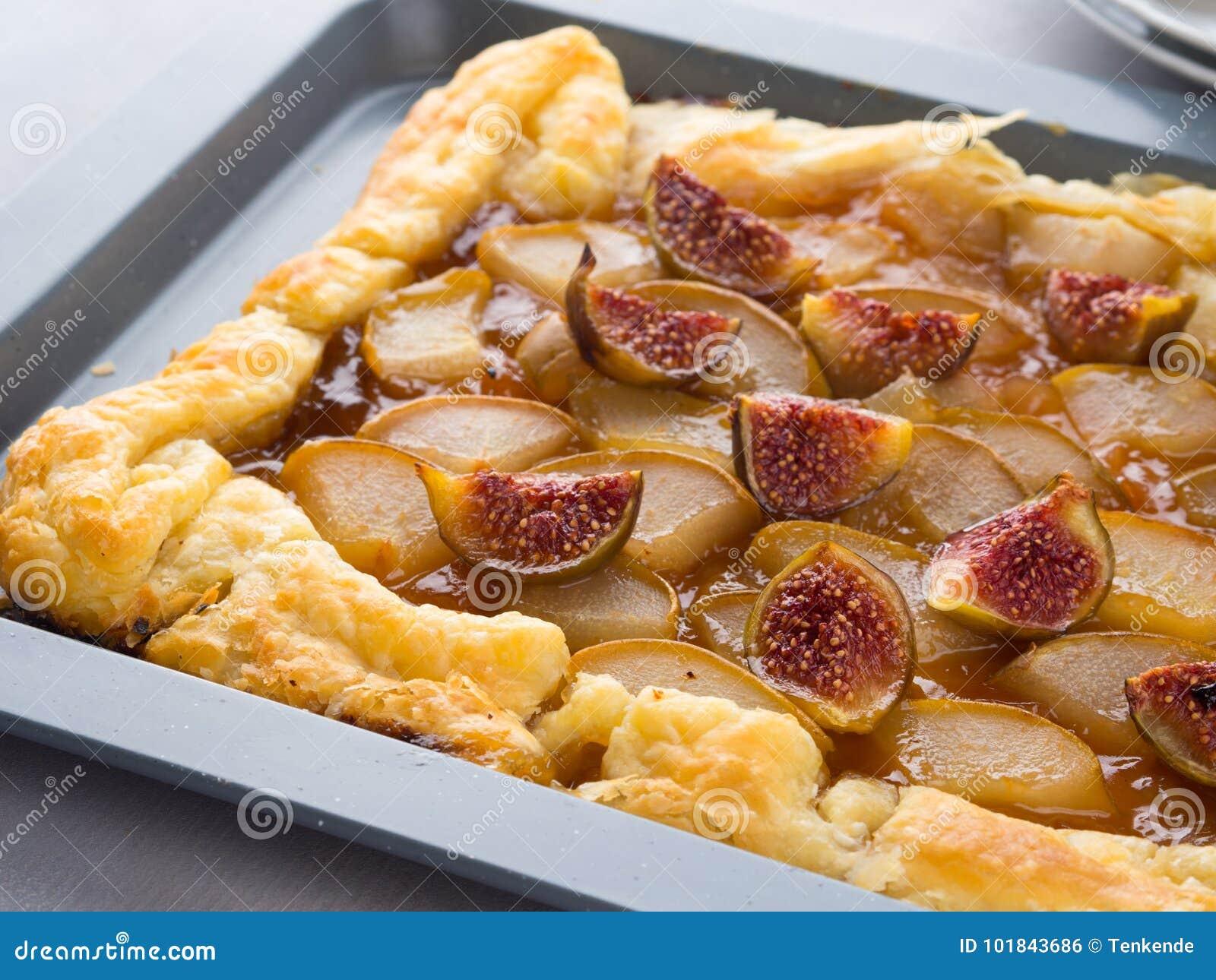 油酥点心饼用梨和无花果