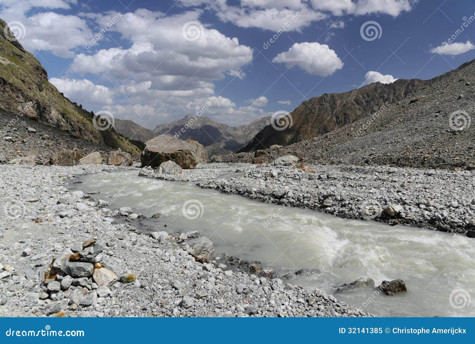法国阿尔卑斯谷