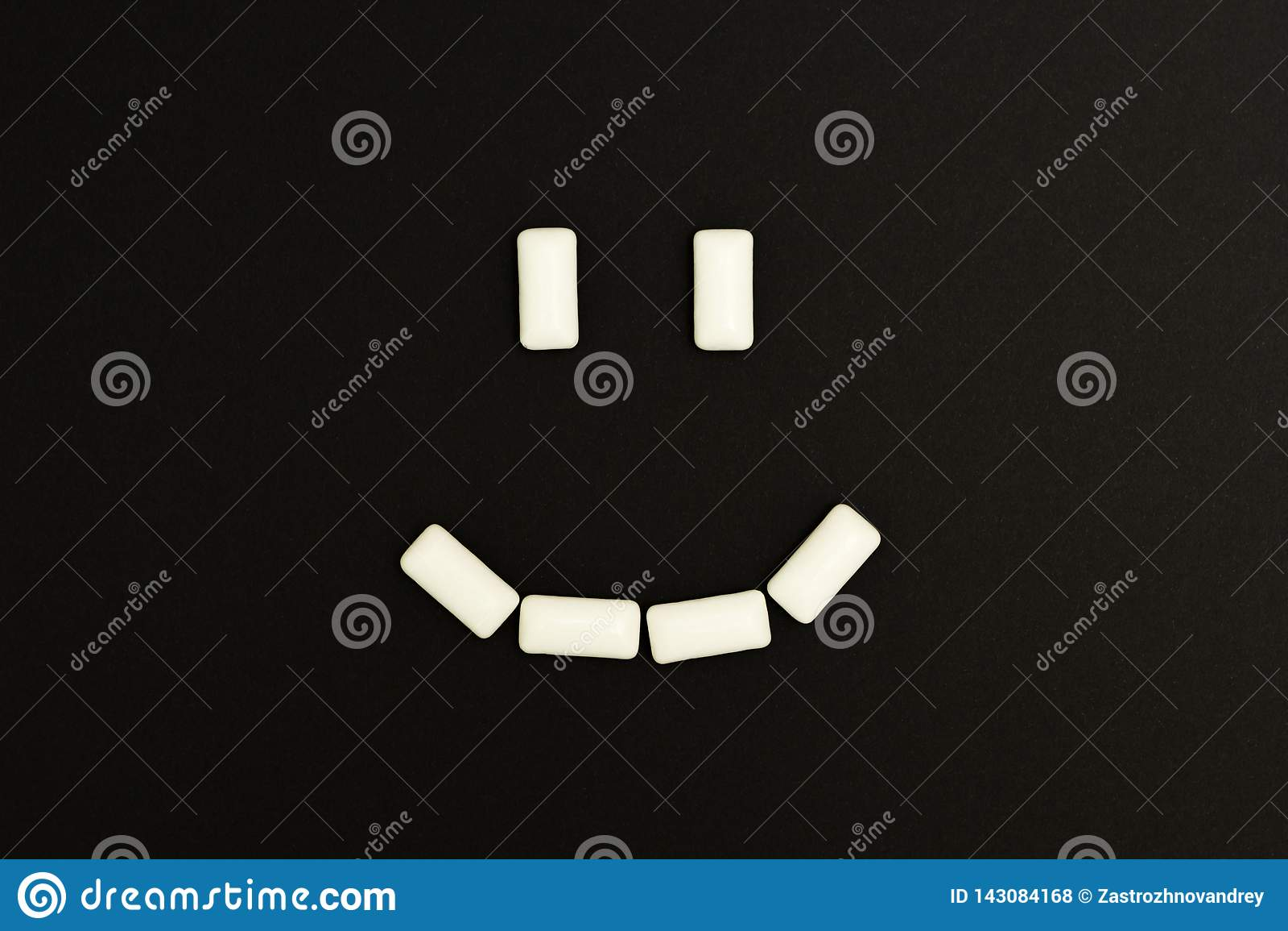 泡泡糖垫微笑