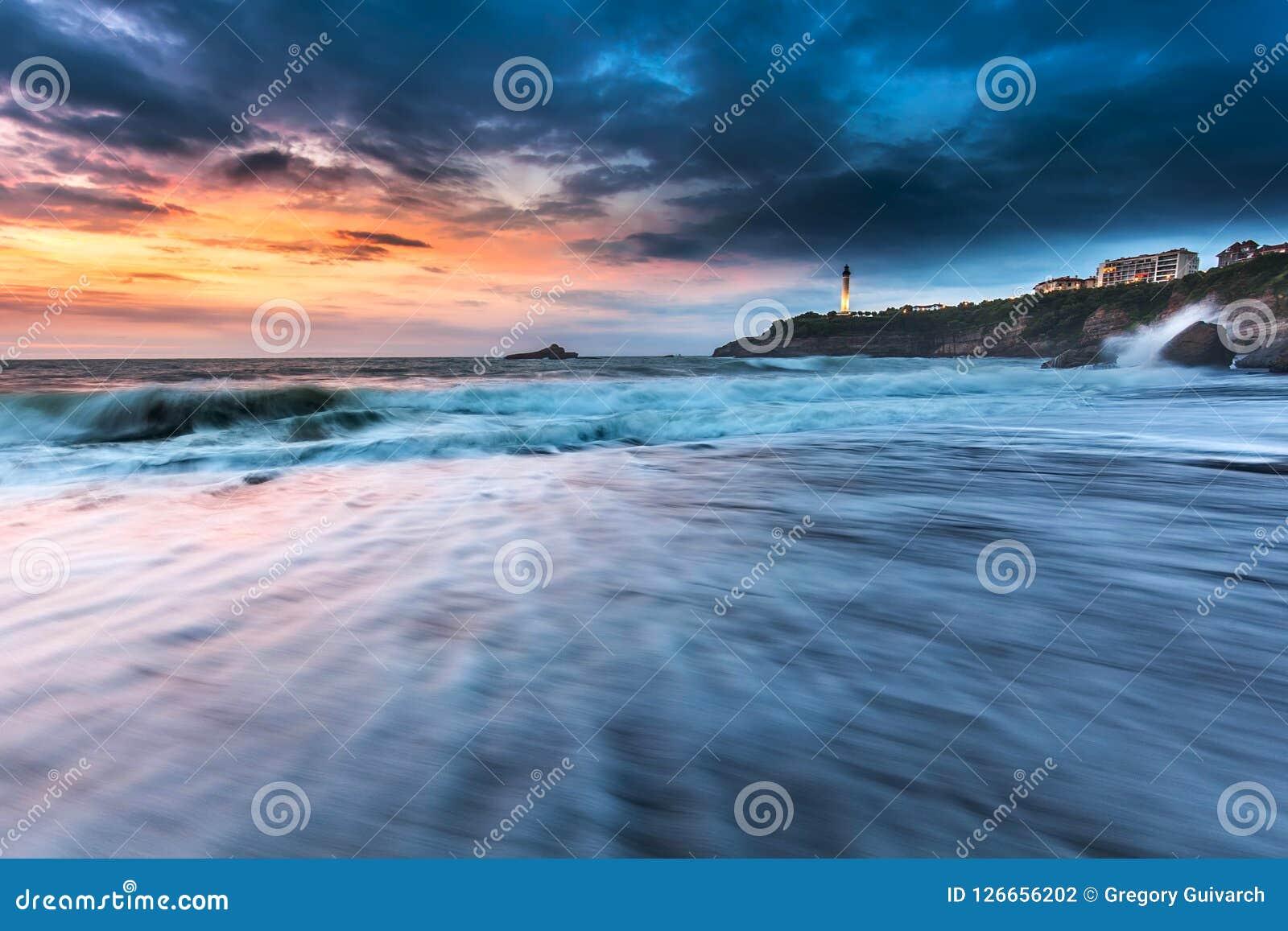 波浪比亚利兹海滩米拉马尔