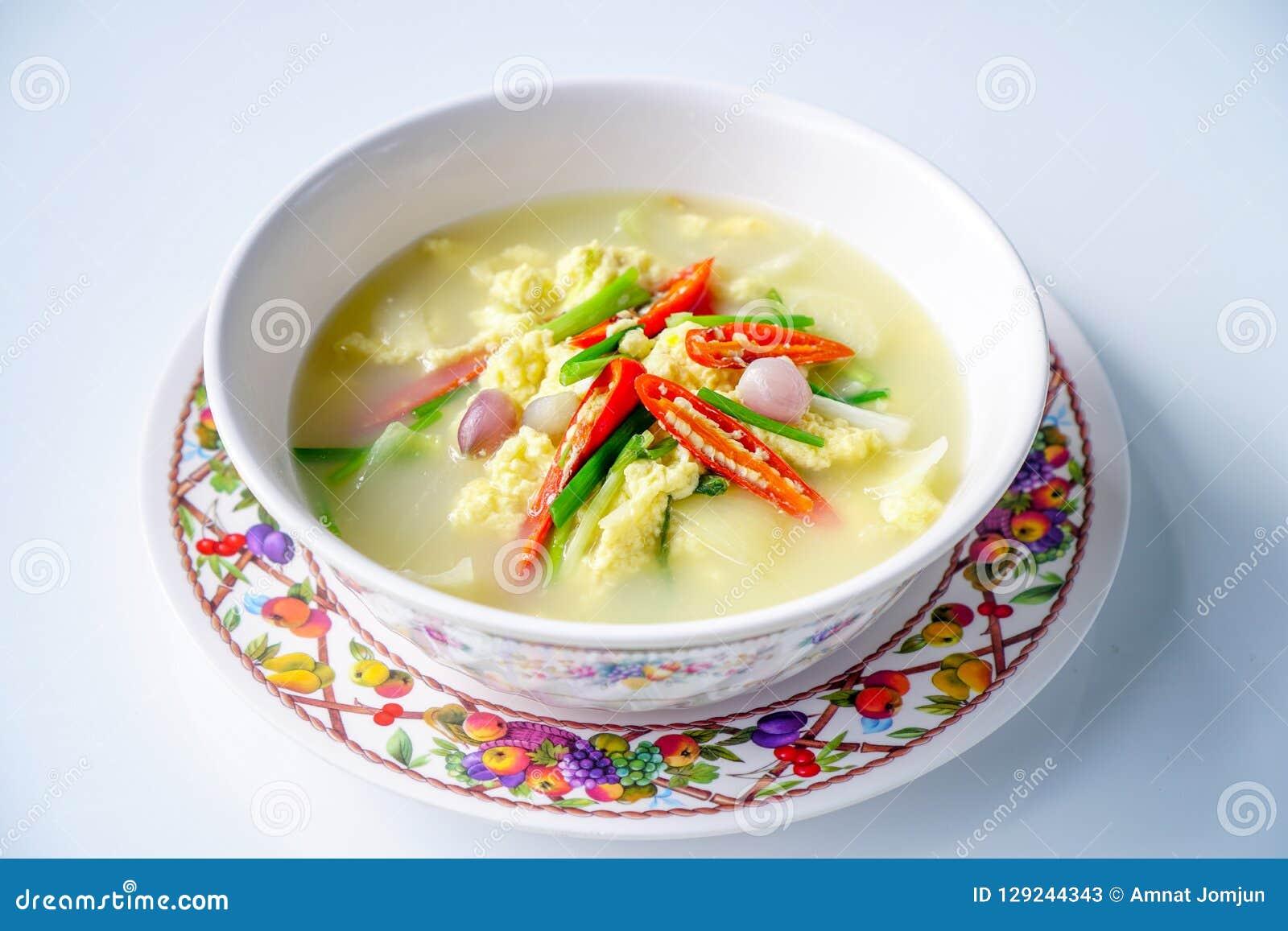泰国食物,蒸的鸡蛋,蛋汤