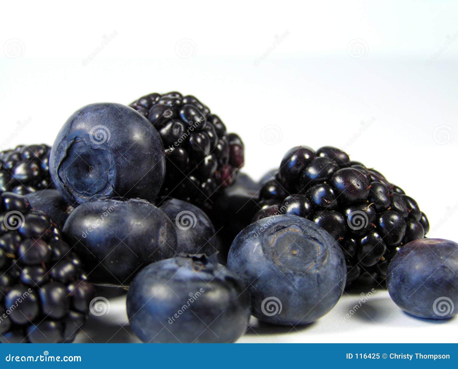 浆果黑色蓝色堆
