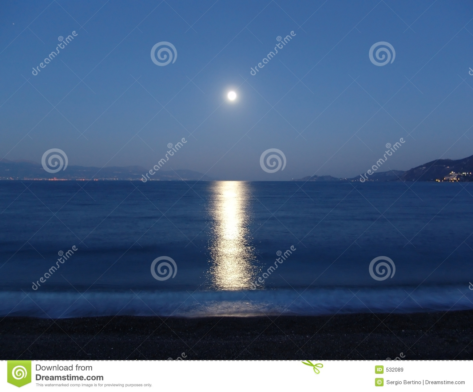 Download 浪漫的月光 库存图片. 图片 包括有 晚上, 雅典, 希腊, 月光, 华伦泰, 浪漫, 夏天, 节假日, 假期 - 532089