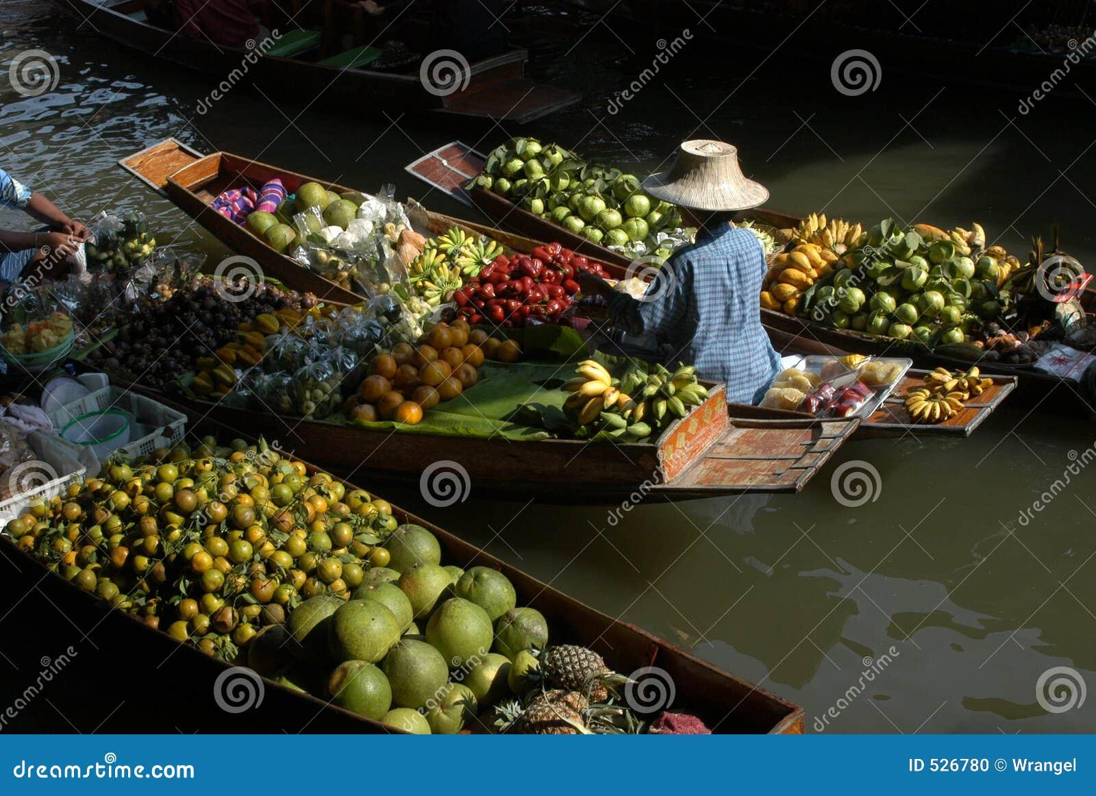 Download 浮动的市场 库存照片. 图片 包括有 小船, 农村, 辣椒粉, 市场, 暹罗语, 短桨, 果子, 运河, 泰国 - 526780