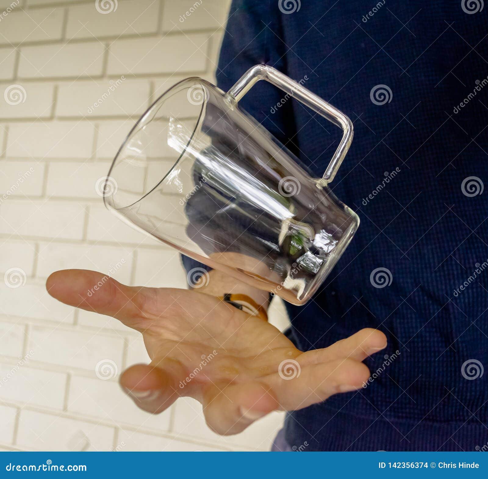 浮法玻璃把戏