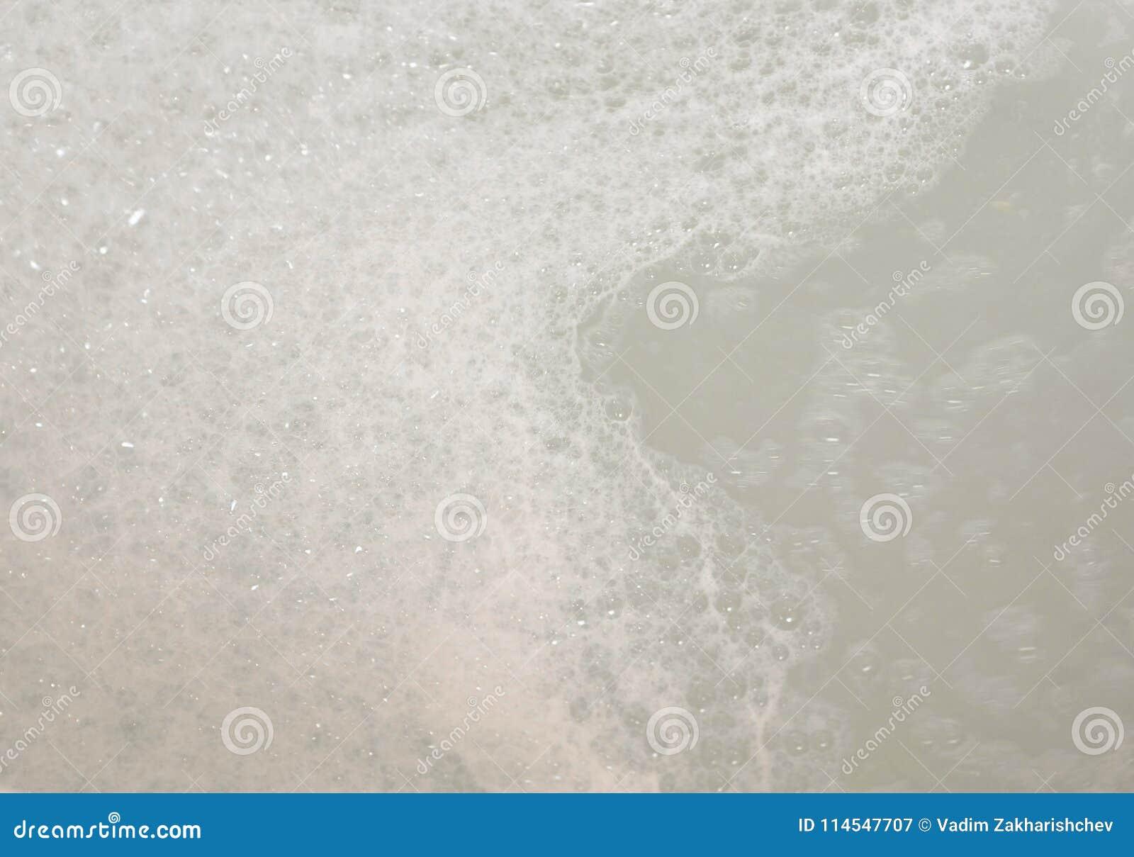 浴的泡沫 水