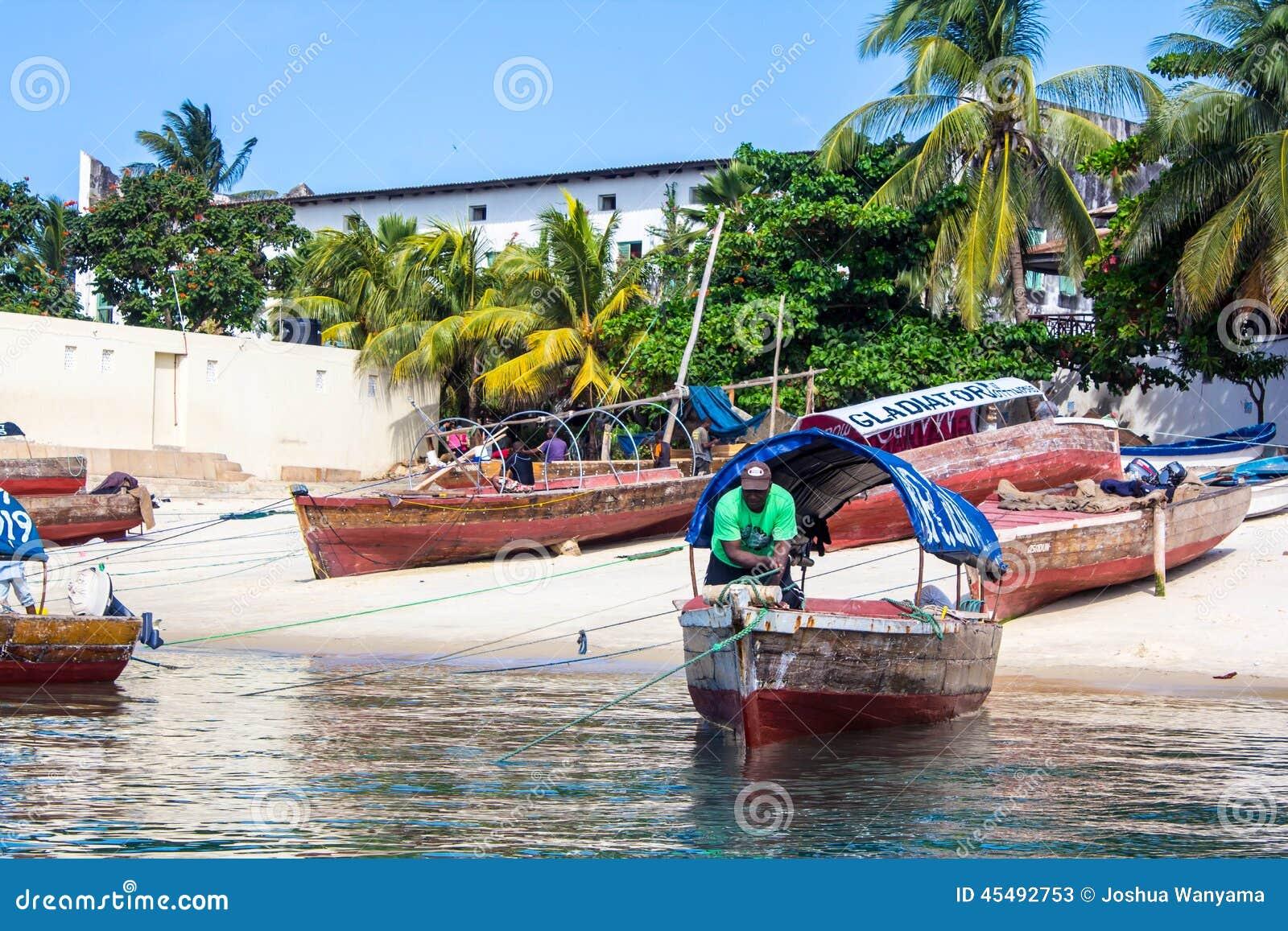 海上的小船