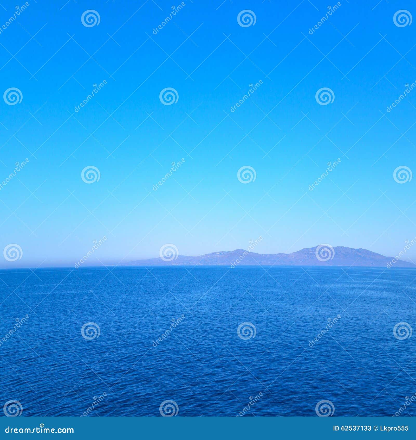 从海岛的希腊地中海和天空的