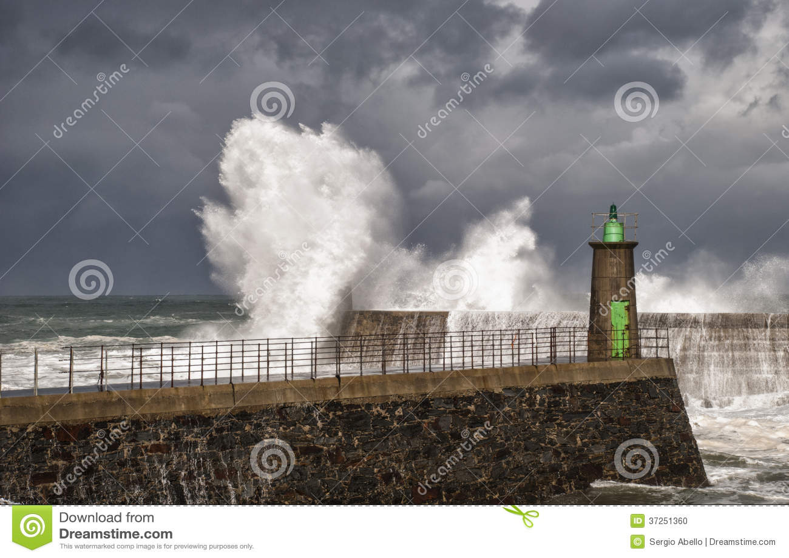 海波浪、风和风暴