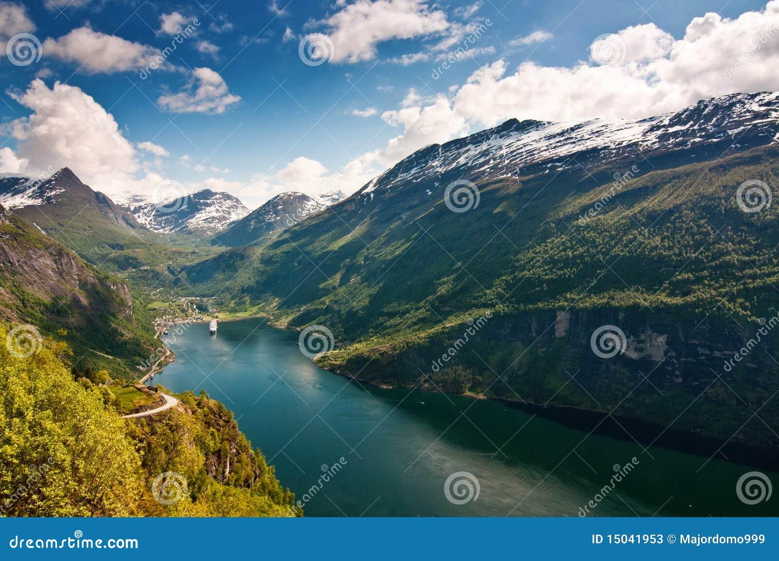 海湾geiranger挪威
