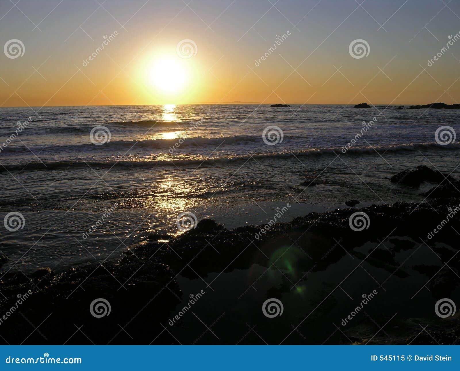 Download 海滩拉古纳日落 库存图片. 图片 包括有 海岸线, 南部, 沙子, 浪潮, 海洋, 通知, 日落, 加利福尼亚 - 545115