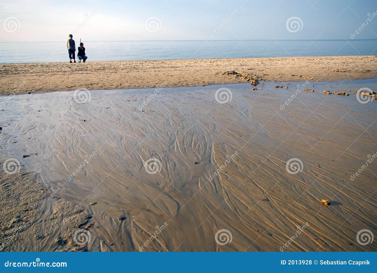 海滩母亲儿子