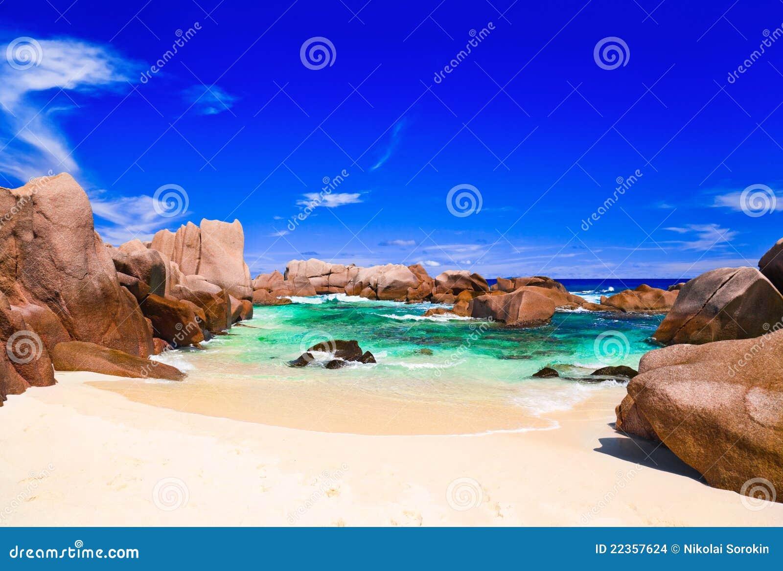 海滩热带的塞舌尔群岛