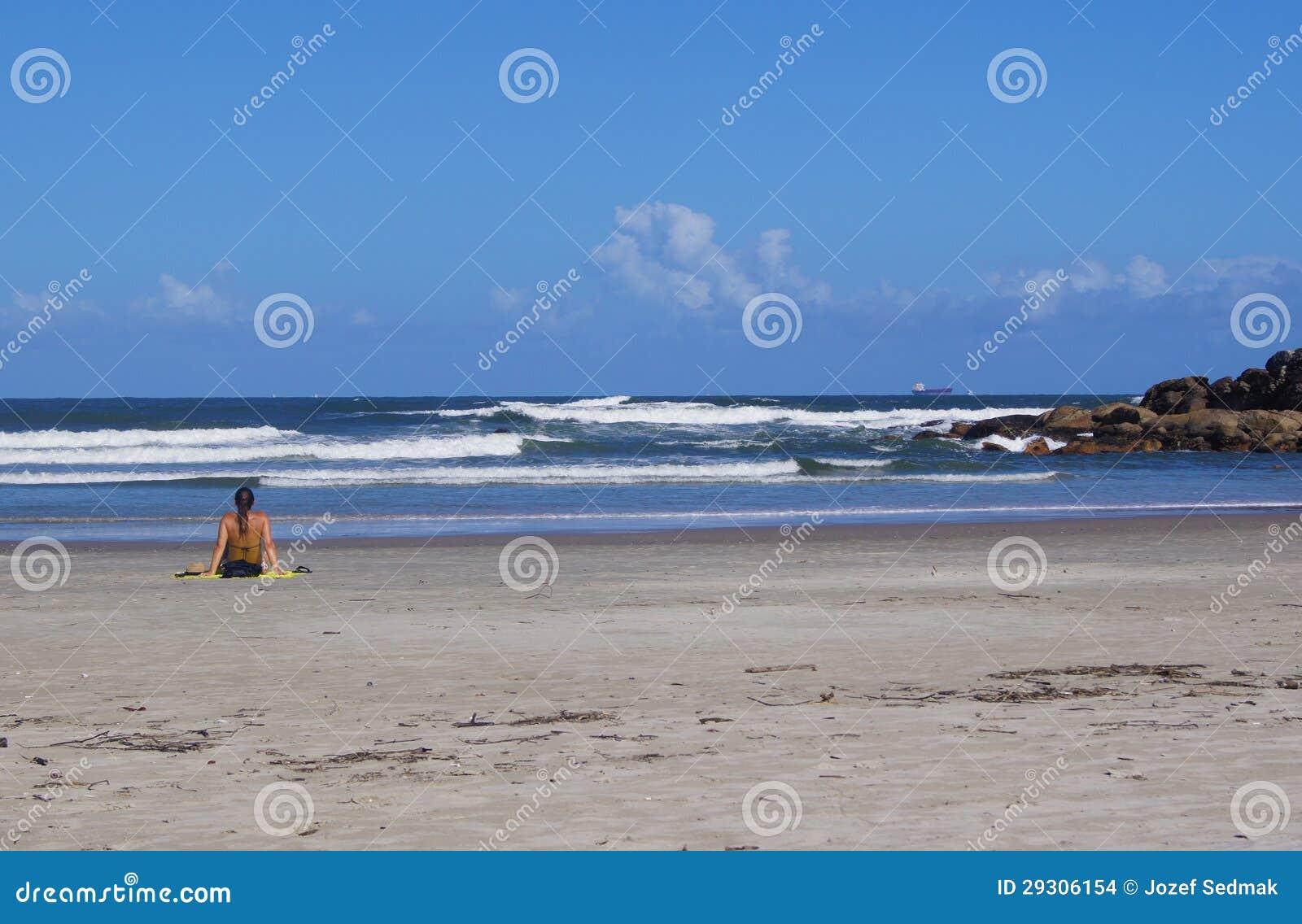 海滩的妇女巴西