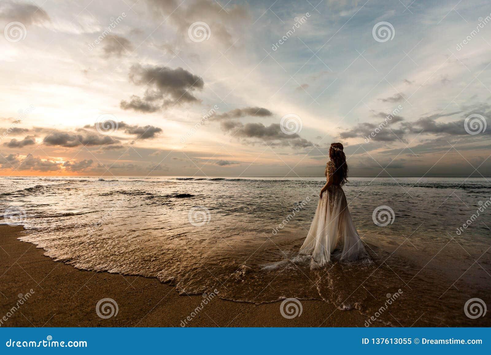 海滩的新娘