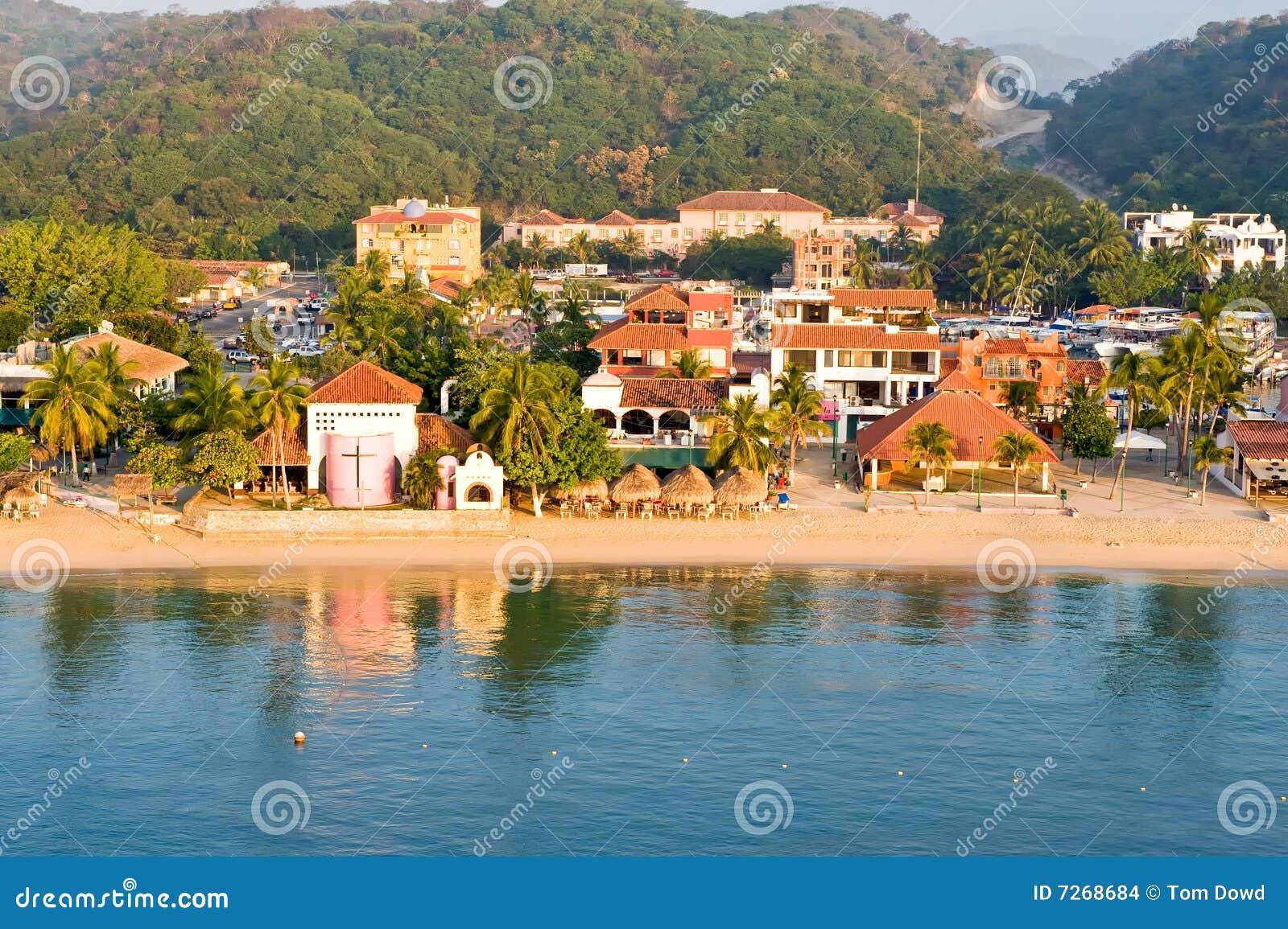 海滩huatulco墨西哥场面